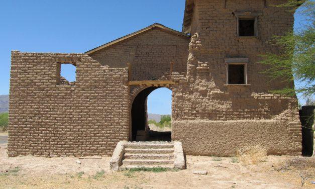 El Sagrado Corazon de la Iglesia de Jesus: The Church that Time Forgot
